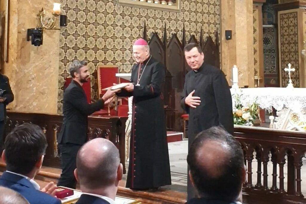 vizita papei e1573288653140 - Bucate pe Roate