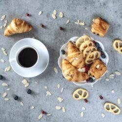 Catering Eveniment Meniu Coffee Break 600x450 1 - Bucate pe Roate