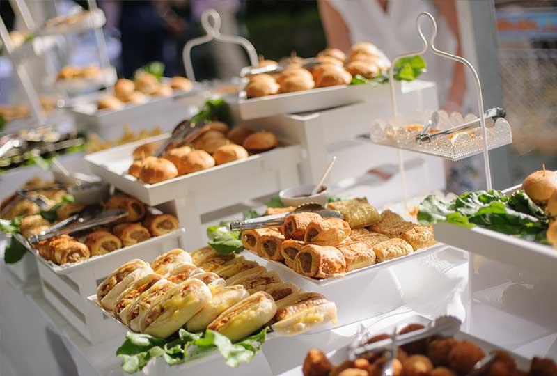 catering evenimente speciale - Bucate pe Roate