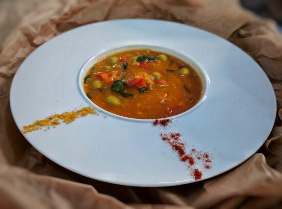 Supa de linte cu masline 2 scaled - Bucate pe Roate
