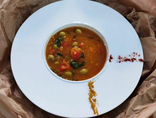 Supa de linte cu masline 3 scaled - Bucate pe Roate